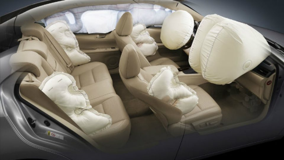 Design of the secondary airbags of the new Hyundai idea (1)