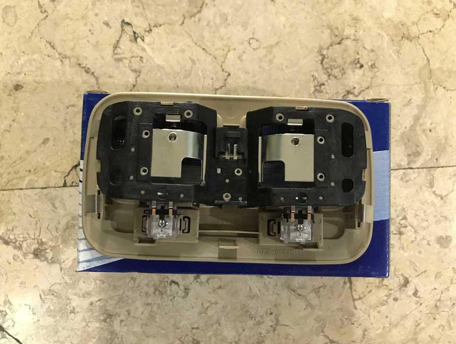 Hyundai-Azera-Roof-Lamp-3
